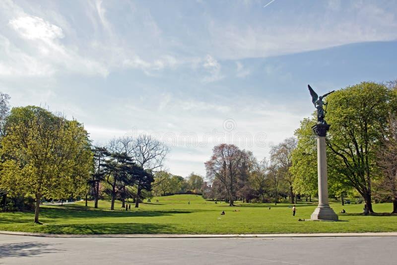 Esplanade του πάρκου Montsouris (Παρίσι Γαλλία) στοκ εικόνες