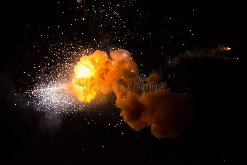 Esplosione ardente realistica fotografia stock libera da diritti