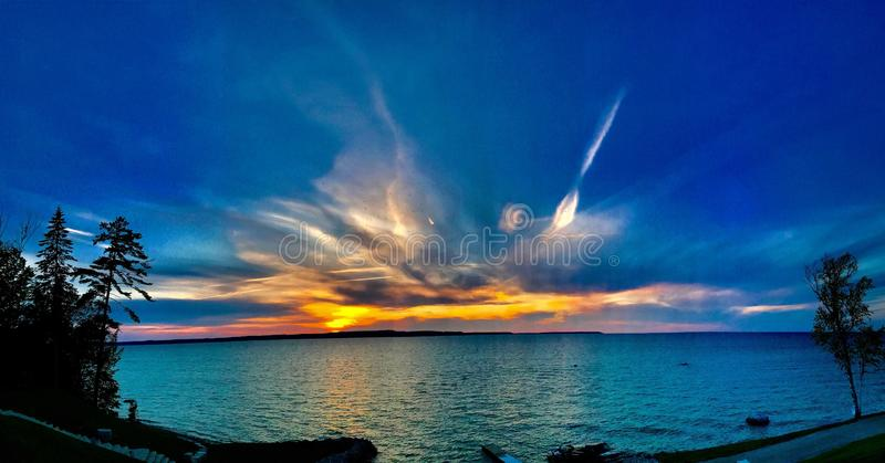Esplosione della nuvola fotografia stock libera da diritti