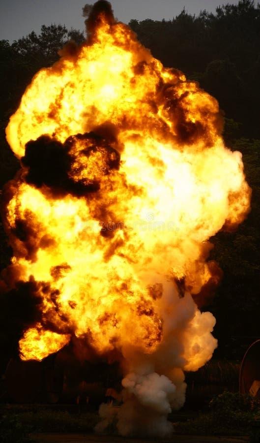 Esplosione ed incendio fotografia stock libera da diritti