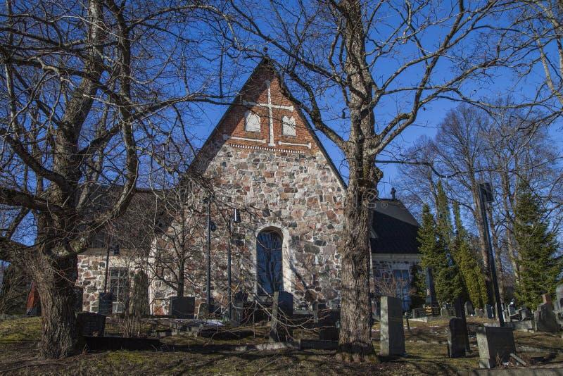 Espoo-Kathedrale im Vorfrühling stockfoto