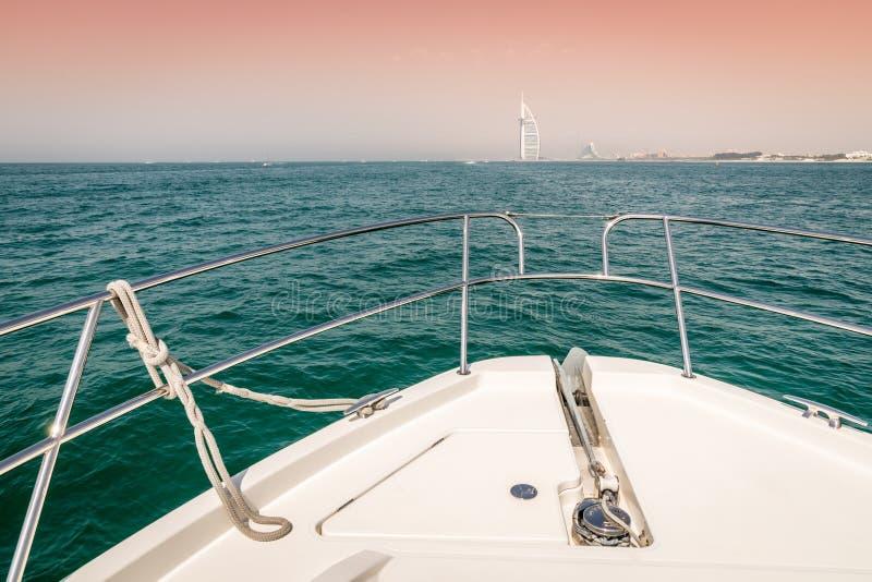 Esporte de barco em Dubai fotos de stock royalty free