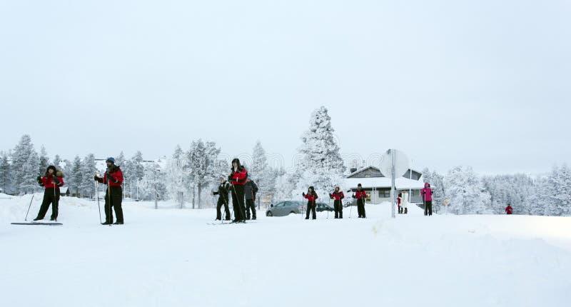 Esporte de inverno em Lapland durante a noite polar foto de stock royalty free