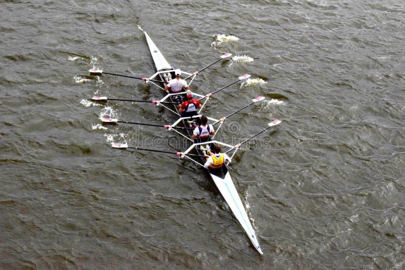 Esporte do enfileiramento no rio foto de stock royalty free