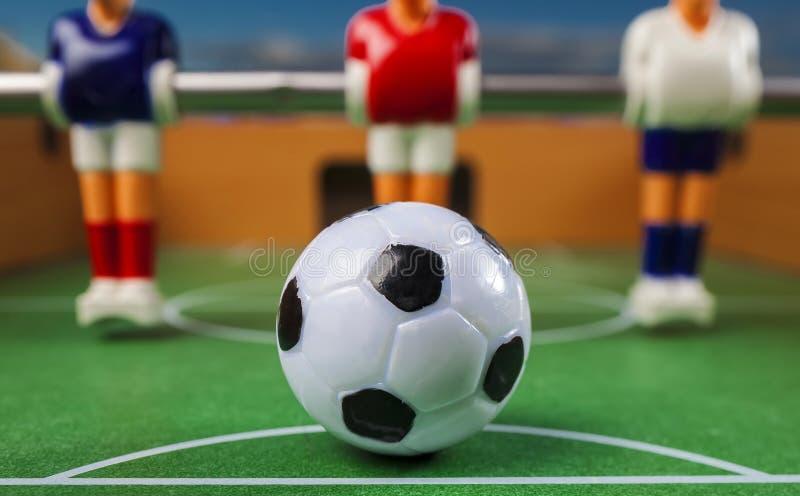 Esporte dos jogadores de futebol do futebol da tabela do brinquedo de Foosball foto de stock