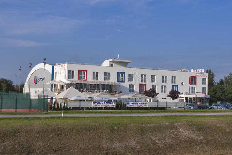 Esporte e panorama Prelog do hotel, Croácia foto de stock royalty free