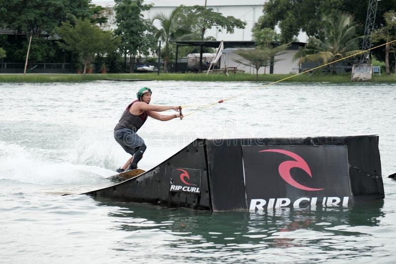 Esportes da ação de Wakeboard imagem de stock