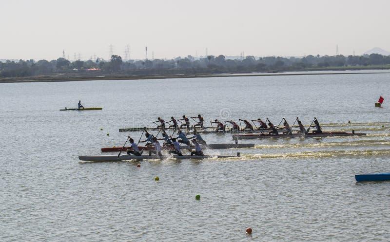 Esportes de água da competência de barco fotos de stock royalty free