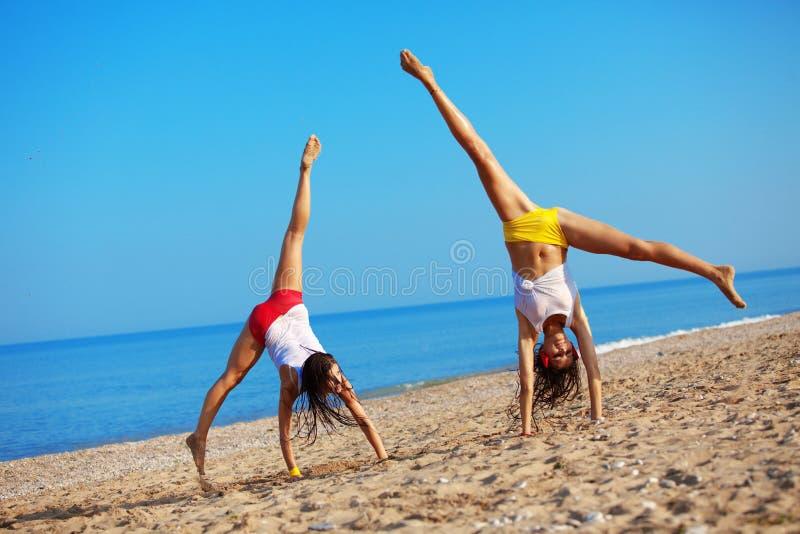 Esportes na praia imagens de stock royalty free