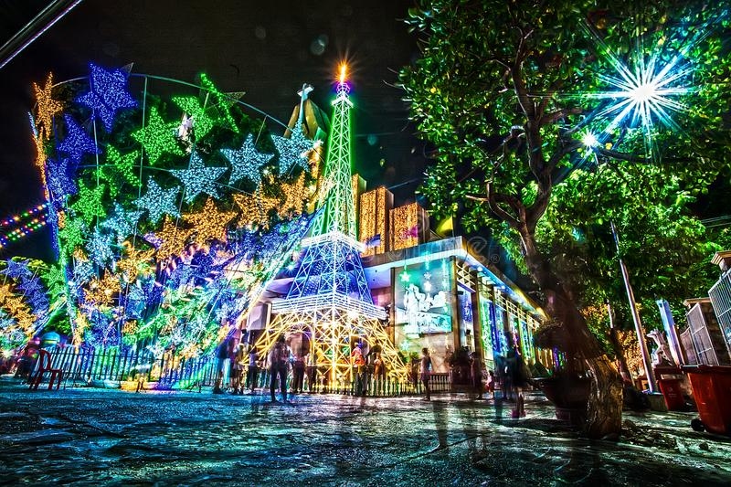 esposizione colore colorful Colorfull Chiesa luce notte esterno Scene di notte Arte Architettura architettonico Chrismast fotografia stock