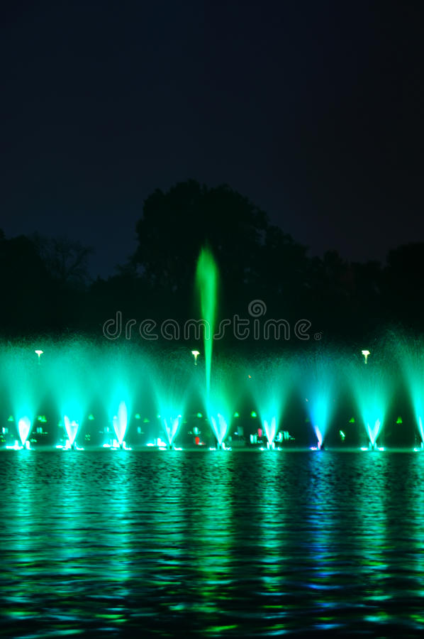 Esposizione della fontana di Wroclaw immagine stock libera da diritti