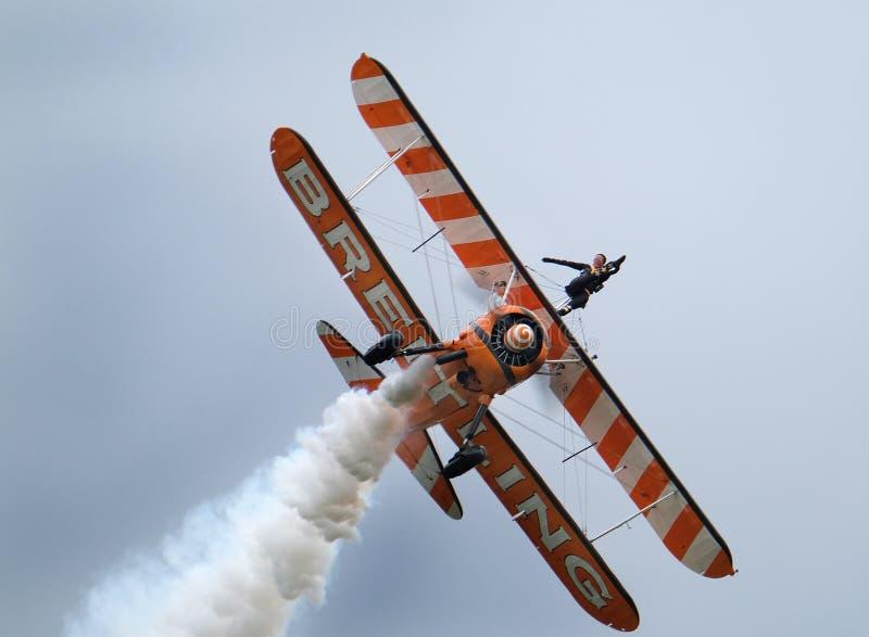 Esposizione di camminata dell'ala con i biplani di Boeing Stearman fotografia stock