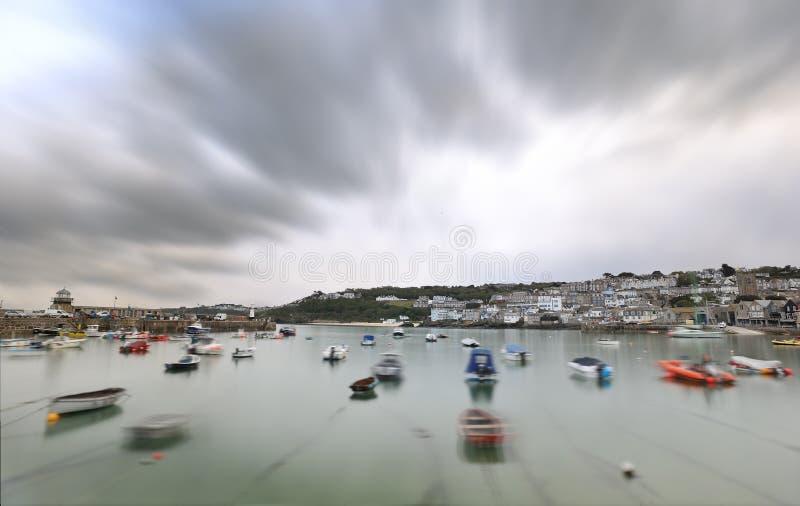 Esposizione lunga del porto di St Ives fotografia stock libera da diritti