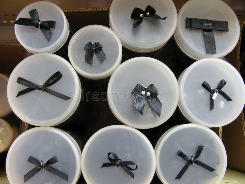 Esposizione nera di vendita del tubo dell'arco: fotografia stock