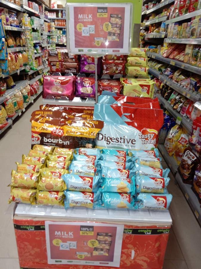 Esposizione saporita del biscotto dell'ossequio nel settore 46 faridabad di Easyday fotografia stock libera da diritti