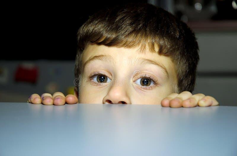 Download Espreite uma vaia imagem de stock. Imagem de juventude, toddler - 61399