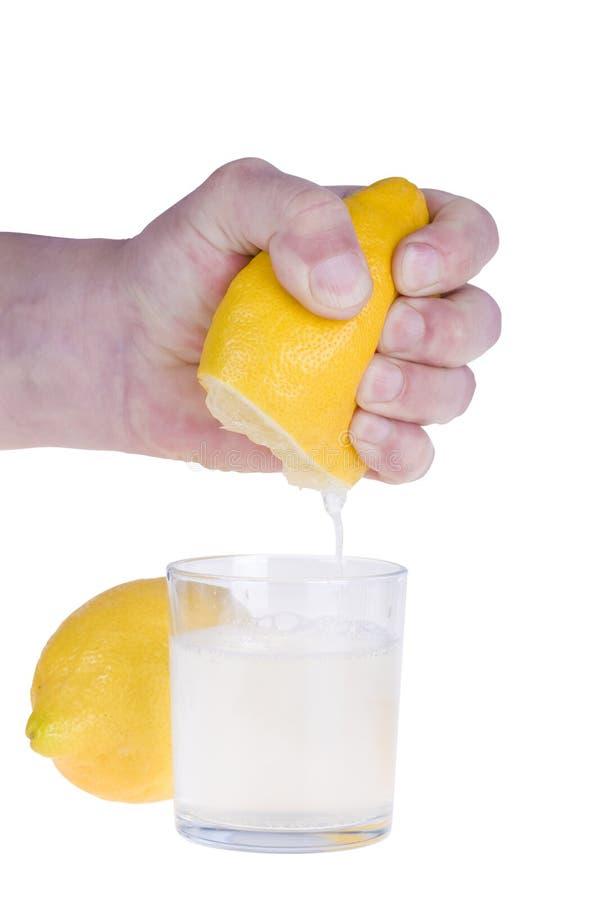 Espremendo o limão imagens de stock