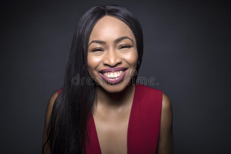 Espressioni facciali felici femminili nere fotografie stock libere da diritti
