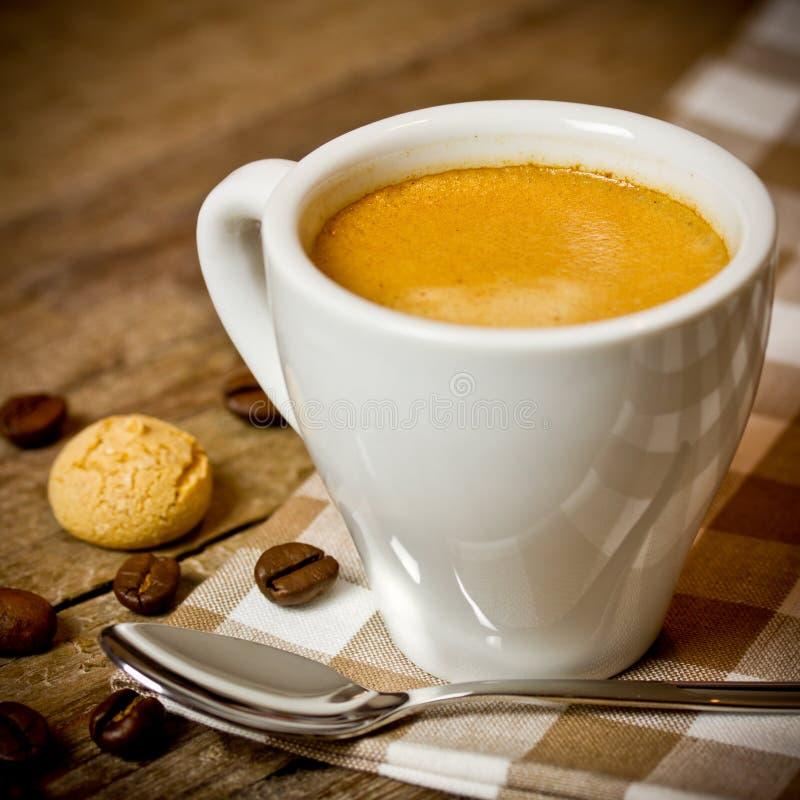 Download Espresso foto de archivo. Imagen de rústico, marrón, madera - 41909162