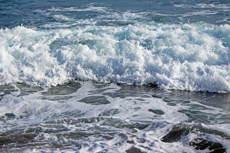 Espuma de la agua de mar fotografía de archivo