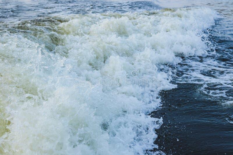 Espuma del mar para el marco entero imágenes de archivo libres de regalías