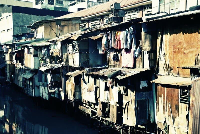 Esquálido urbano fotos de stock