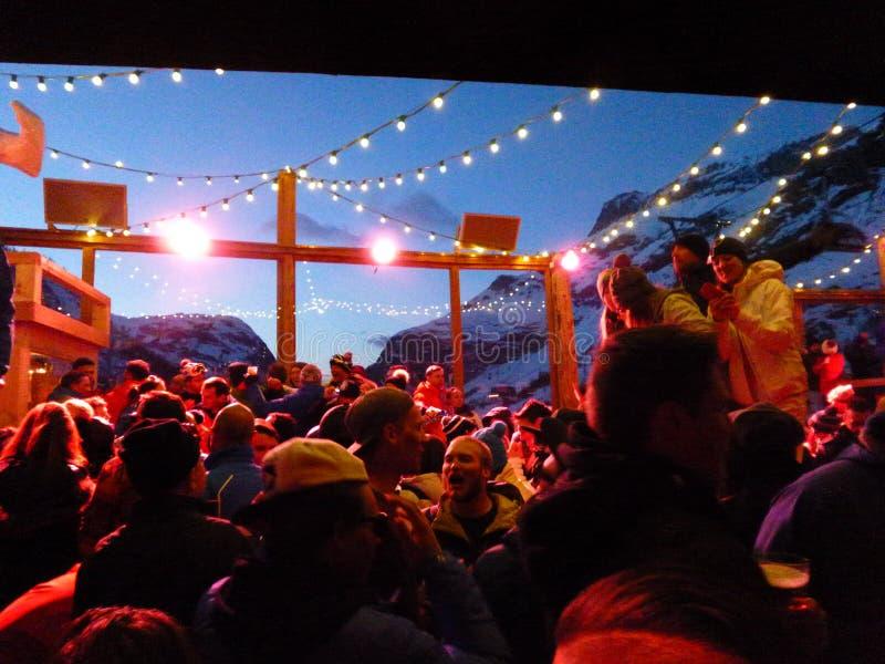 Esquí al aire libre de Apres imagen de archivo