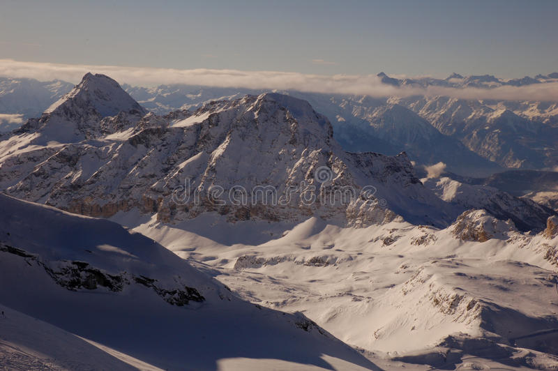 Esqui de Cervinia e de Zermatt imagens de stock royalty free