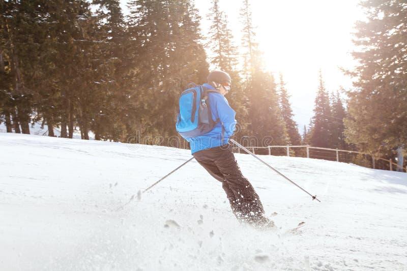 Esqui em declive fotografia de stock