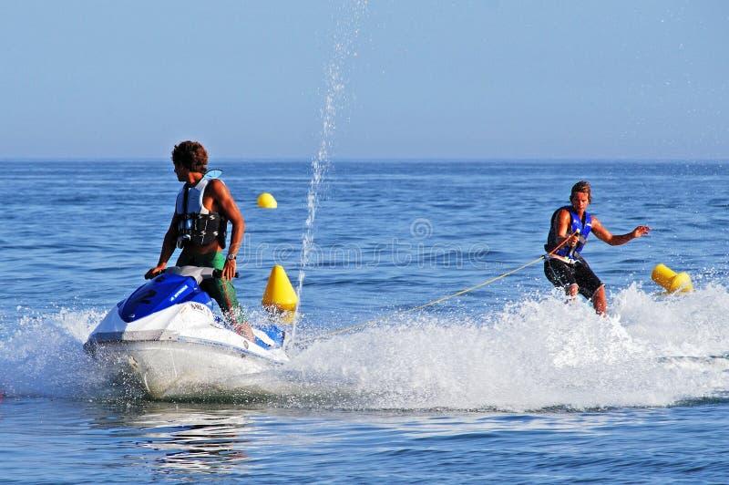 Esquiador do jato e esquiador da água, Marbella imagem de stock