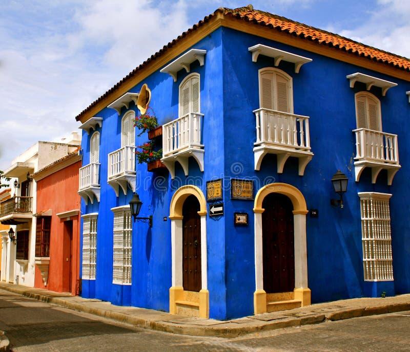 Esquina da rua colorida, Cartagena de Indias imagens de stock royalty free