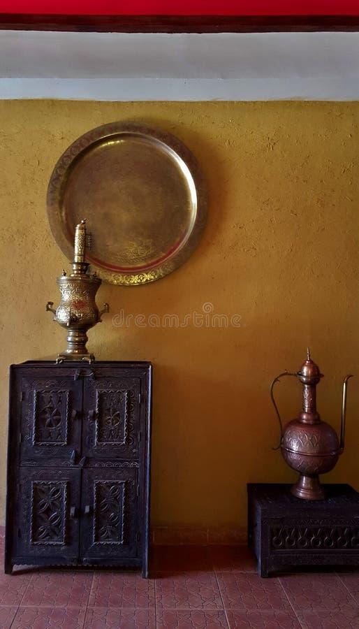 Esquina de los objetos de la vida marroquí antigua producida a mano imagen de archivo libre de regalías