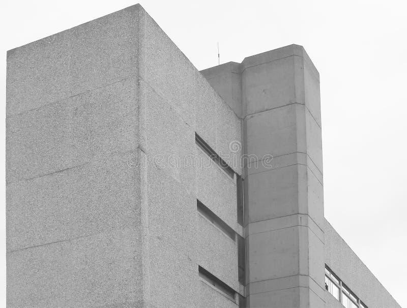 Esquina - edificio concreto imagen de archivo libre de regalías