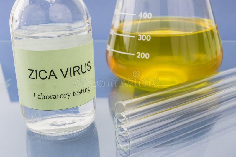 Essais pour la recherche du virus de Zica (ZIKV) photos stock