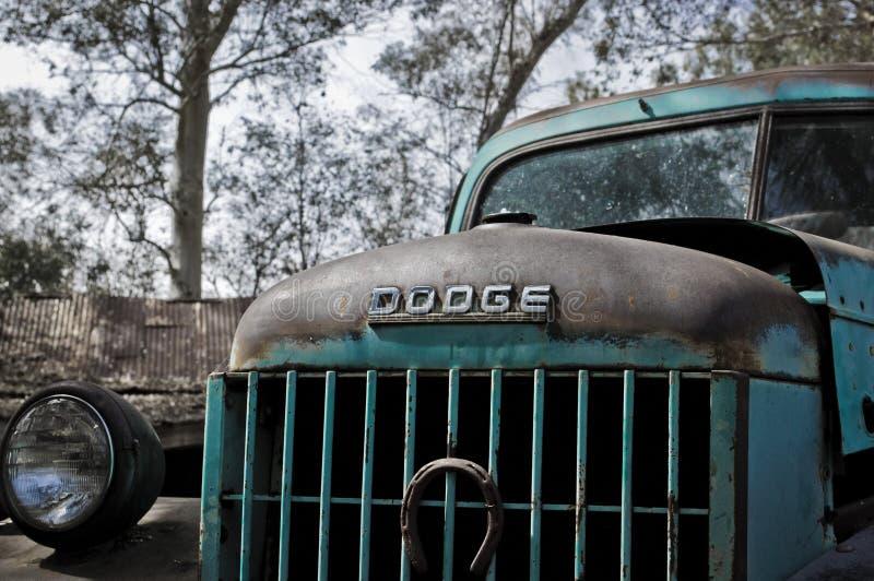 Esse camionete velho da maneira então imagem de stock royalty free