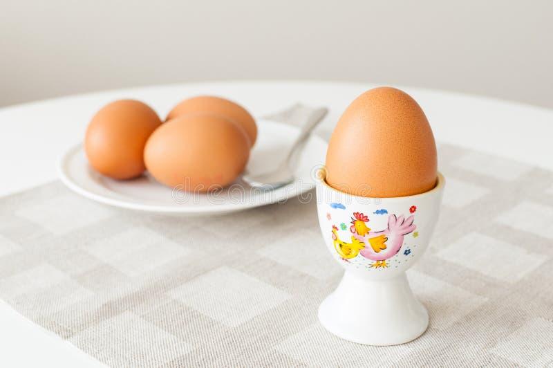 Essen der Eier lizenzfreies stockfoto