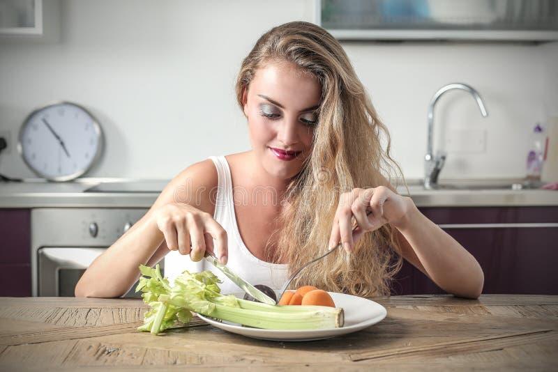 Essen von Obst und Gemüse stockfoto