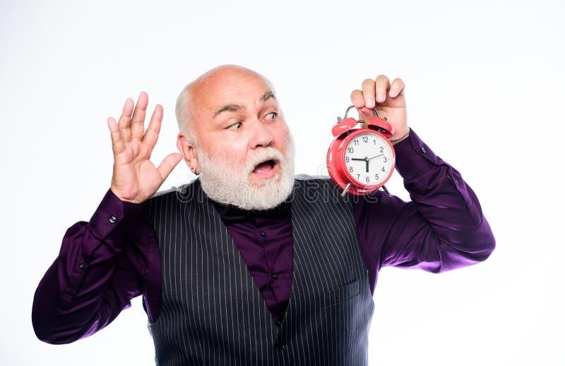 Essere recente ? abitudine Gestione di tempo Partenza di affari Pensione riparatore dell'orologio o dell'orologiaio Uomo maturo c immagini stock libere da diritti
