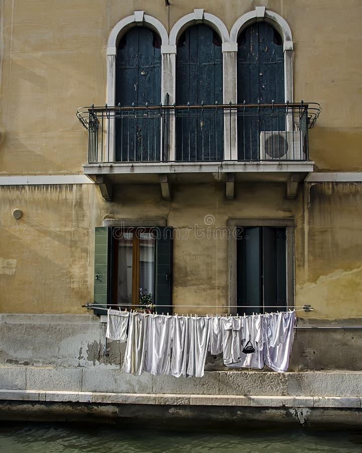 Essiccazione della lavanderia - Venezia Italia immagine stock libera da diritti