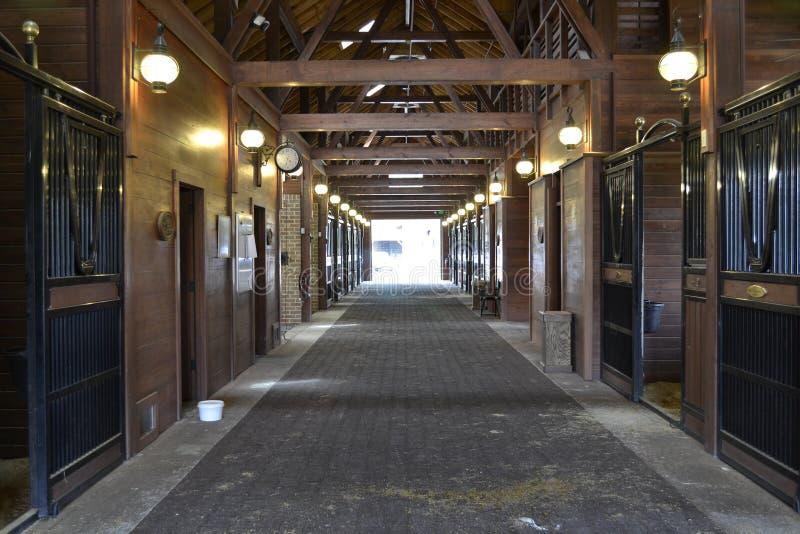 Estábulo vazio do cavalo foto de stock