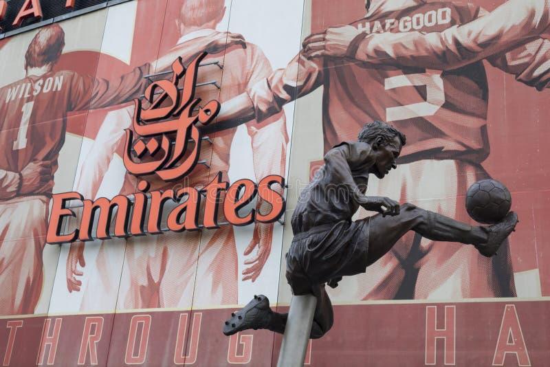 Estádio de futebol dos emirados do arsenal - Dennis Bergkamp fotografia de stock