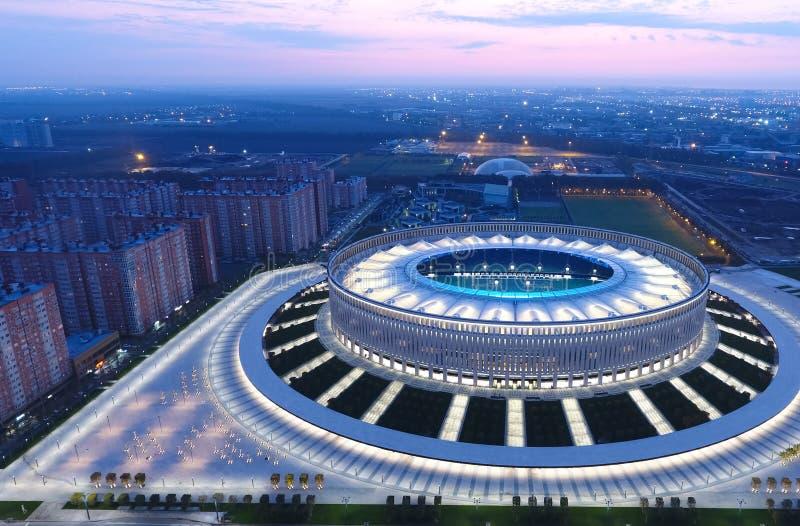 Estádio de Krasnodar na cidade de Krasnodar A construção moderna do estádio no sul de Rússia imagem de stock