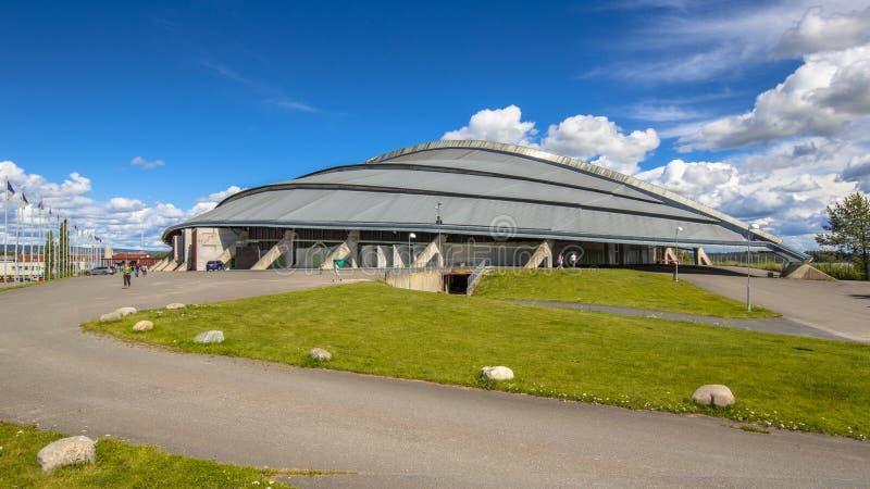 Estádio de patinagem da velocidade oval olímpica de Hamar Vikingskipet foto de stock royalty free