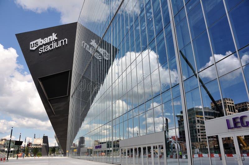 Estádio do banco dos E.U. dos Minnesota Vikings em Minneapolis fotos de stock royalty free