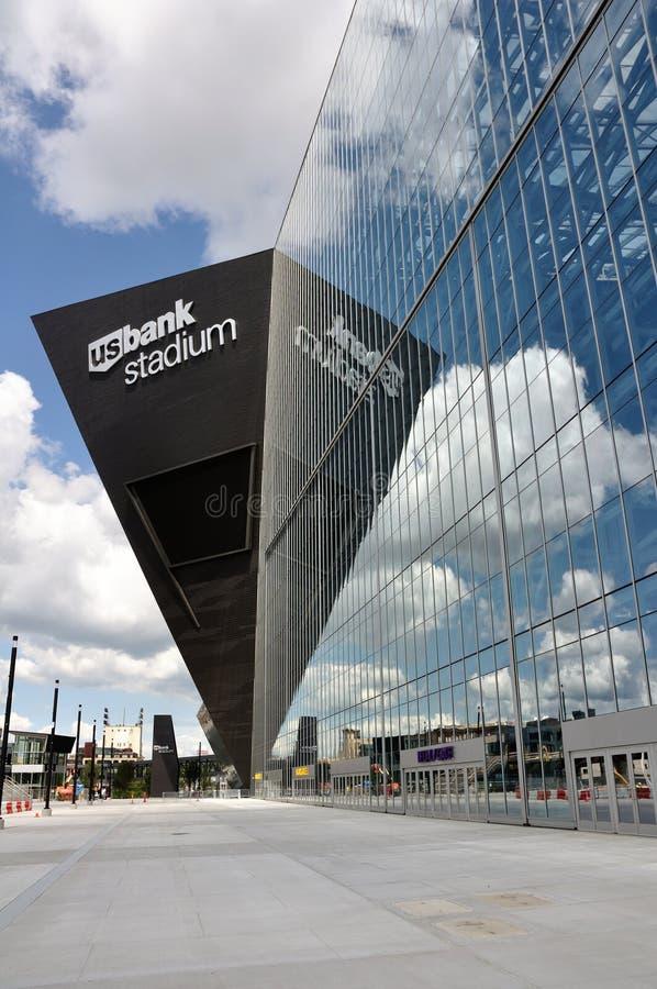 Estádio do banco dos E.U. dos Minnesota Vikings em Minneapolis foto de stock