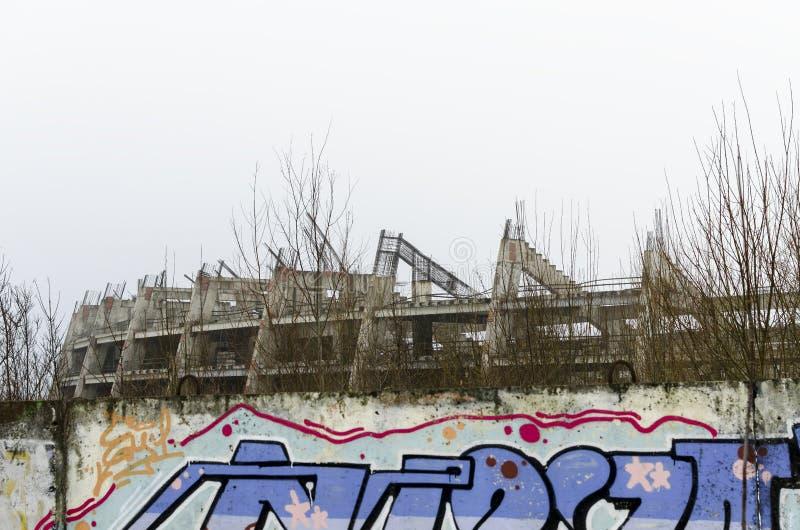 Estádio inacabado e abandonado imagem de stock royalty free