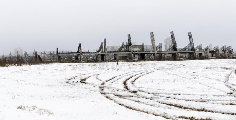 Estádio inacabado e abandonado fotografia de stock