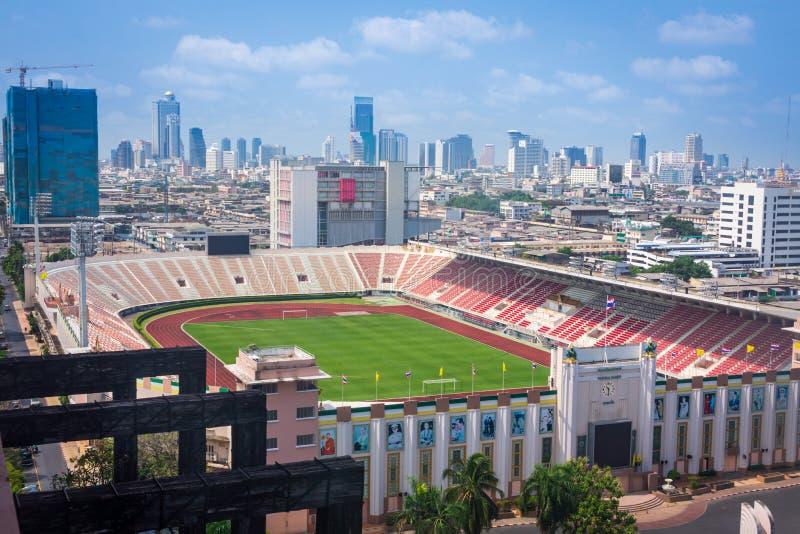 Estádio nacional de Banguecoque, Tailândia, em março de 2013 Banguecoque, vista aérea foto de stock