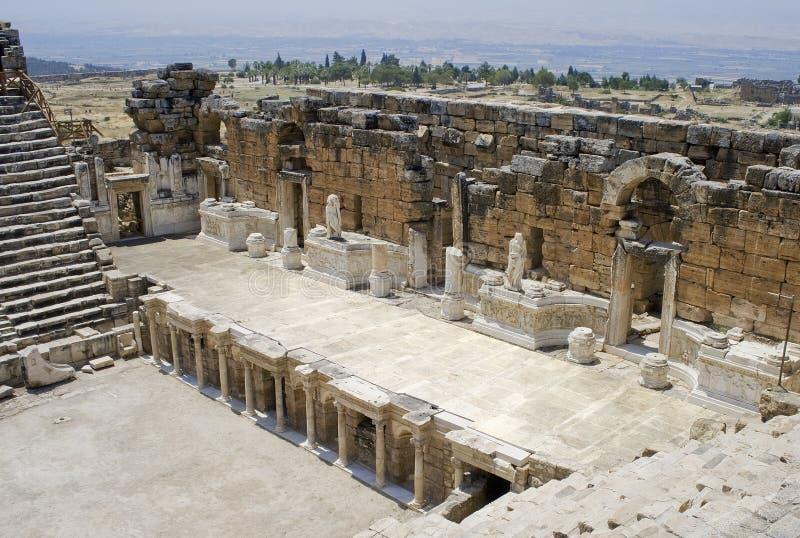 Estágio do teatro Antic em Hierapolis. foto de stock