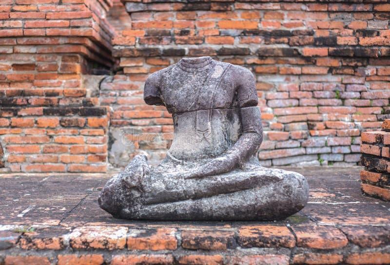 Estátua antiga de Buddha imagem de stock
